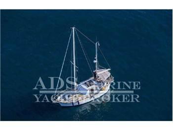 Nauticat - 33