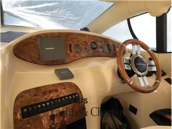 Azimut Yachts 42
