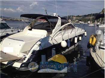 Princess Yachts - V42