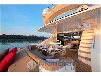 Princess Yachts 85'