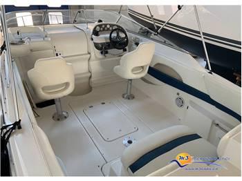 Larson Boats 220 Cabrio