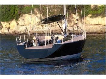 Maxi Dolphin Maxi Dolphin 65'