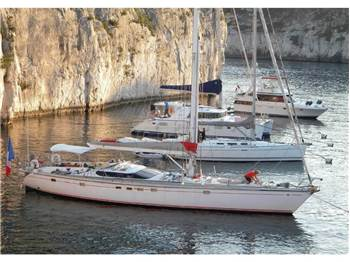 Dufour Yachts - Dufour 62