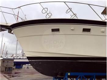 Hatteras Yachts Hatteras 52