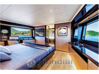Absolute Yachts NAVETTA 73